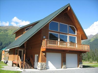 Beautiful 5 Bedroom 3 Bath Home in Girdwood, Alaska
