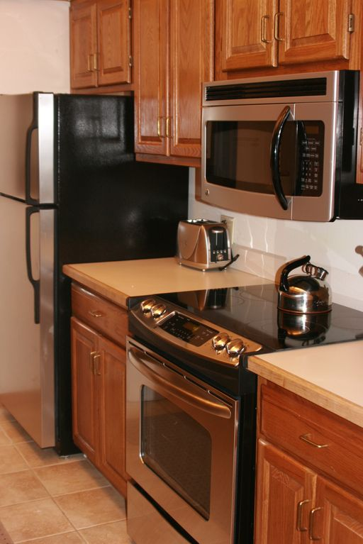 Kitchen with stainless GE appliances