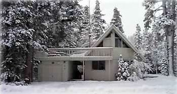 "Cozy Mountain ""Chalet"" Surrounded by National Forest Service Lots all 3 sides!"