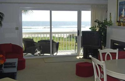 Living Room and view!