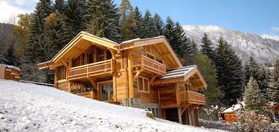 beautiful chalet in Chamonix with jacuzzi ski in ski out
