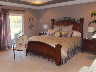 Louisville house rental - Master Bed room main level, Temper pedic I-Cloud bed