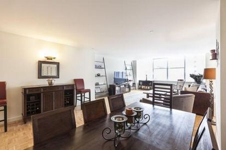 1 Bedroom Home In Tribeca Curated And Homeaway Tribeca