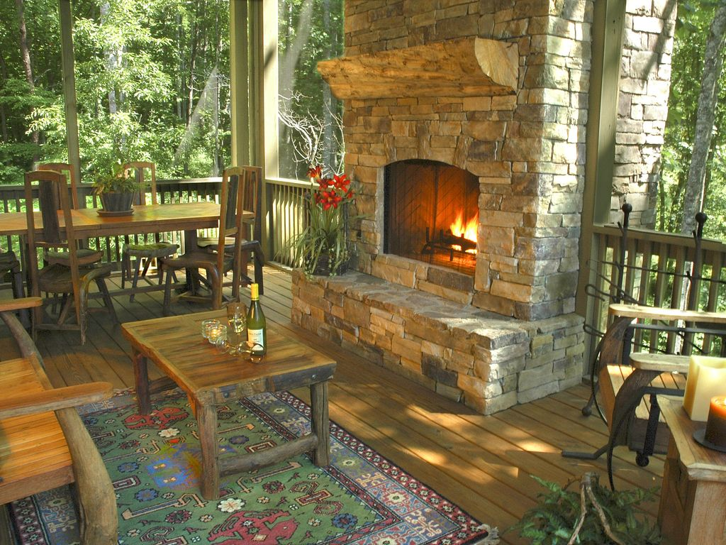 Peaceful Easy Feeling Mountain Views Outdoor Fireplace