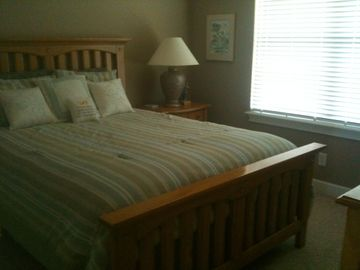 2nd Bedroom Has a Queen Bed Along with Cable Television