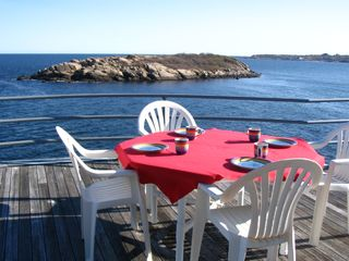 Gloucester - Annisquam house photo - Enjoy the views of Salt Island from your deck!