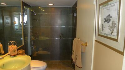 Miami condo rental - Second bathroom . Shower. Toilet.