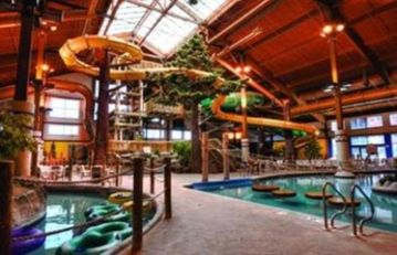 Lake Geneva condo rental - Timber Ridge Water Park - Indoor/Outdoor Pools and 2 Hot Tubs.