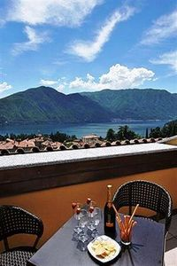 Tremezzo villa rental - The studio's private lake view sun-terrace