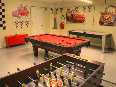 Cars game room in the Garage - Full size Pool Table - Air Hockey and Foostable.