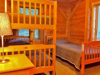 Killington house photo - Right: The upstairs middle bedroom has a bunk bed and twin bed. Sleeps three.