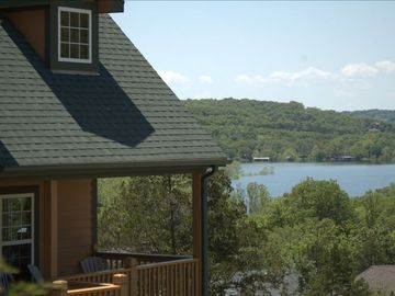 Branson house rental - The Homestead Lakeview Lodge