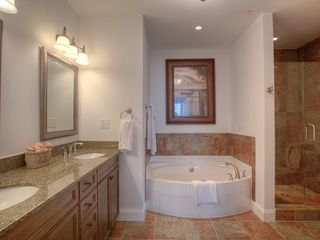 St. Simons Island condo photo - wf212-6.jpg