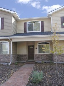 Front entrance, minutes walking distance from downtown Walla Walla