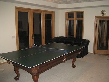"Ping pong and pool table at ""Eagle 7"""