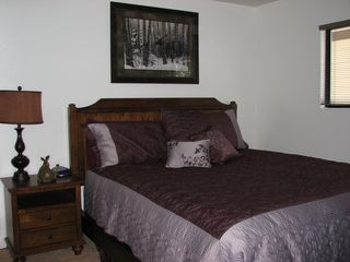 Mammoth Lakes condo photo - Bedroom #1- King Bed with pillowtop mattress