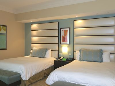 Best Rates!!! Fontainebleau Sorrento Jr. Suite 860 Sq Ft 2 Queen beds w Sofabed