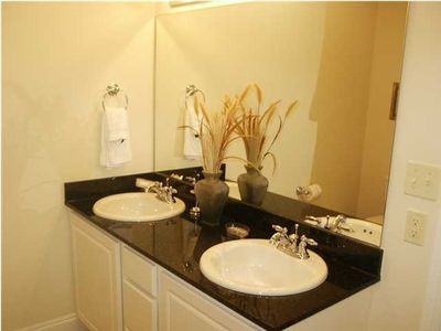 MASTER BATH - GRANITE COUNTER - BATH & SHOWER