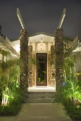 Hollywood estate photo - Grand Architectural Entrance