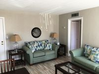Warm and cozy 1 bedroom cond on St Pete Beach