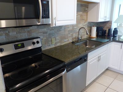 Granite countertop! Newly remodeled kitchen with all new appliances.