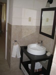 Silver Sands Barbados apartment rental - Bathroom in The Garden Apartment
