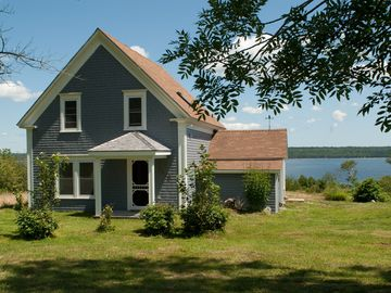 Shelburne house rental
