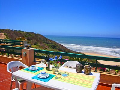 Apartment with an unobstructed view of the Atlantic. Swimming pool / tennis court