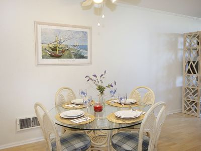 Dining Area - Table For 4