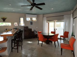 Isla Mujeres villa photo - kitchen, bar, dining