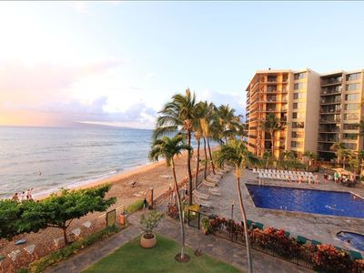 KS 360 overlooks Kaanapali Beach.  Come.  Play.