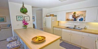 Makena Surf F202 Enjoy A Meal In Your Own Kitchen