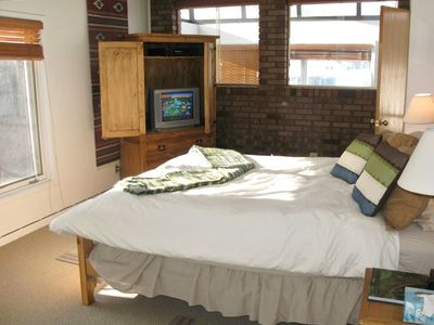 Park City condo rental - Master BR: KING bed, Cbl TV/DVD, private steam shower, big closet, view of mts