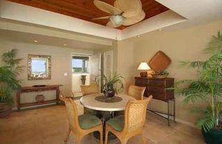Providenciales - Provo condo photo - Dining area