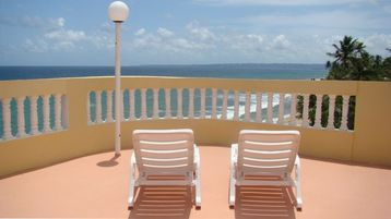 Rooftop Terrace-Best view in Rincon. Room for Dining & grilling. Even a bathroom