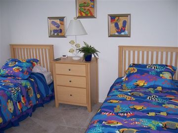 Tropical fish twin bedroom