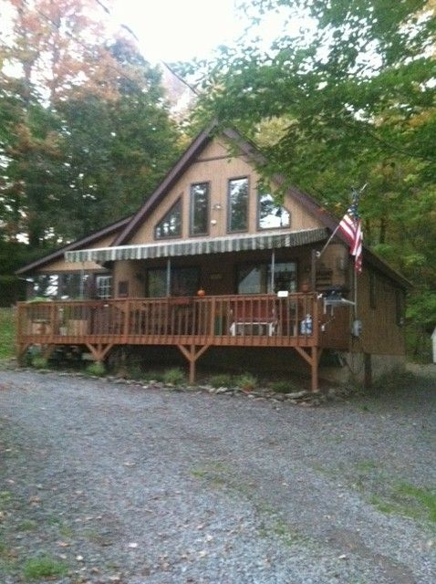 Wynooska Lake chalet rental - Cozy 2 bed/1 bath with loft chalet!