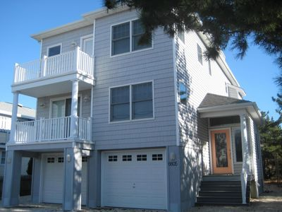 Gorgeous LBI Single-Family Oceanside Home 6th from Guarded Beach with Water View