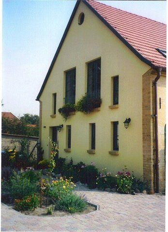 Apartment for nature and animal lovers, dogs allowed, stud close