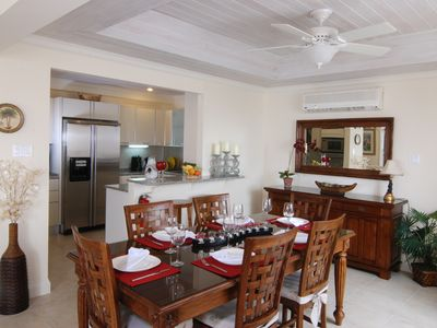 Indoor dining area with fully equiped kitchen