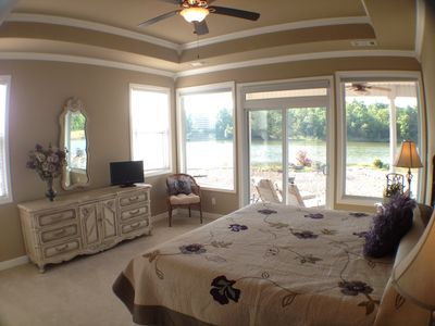 Hot Springs Village house rental - Door to Patio and Lake View on 2 Sides. New TV w/ DVD Player and Golf Channel.
