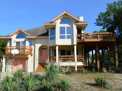 Perfect SMALL Family Place (4 BR/3 Baths)walk to beach, sound & area amenities