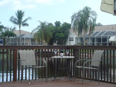 Cape Coral villa rental - Villa White Ibis - seating at the dock