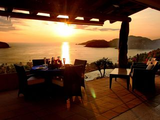 Zihuatanejo villa photo - Sunset dining