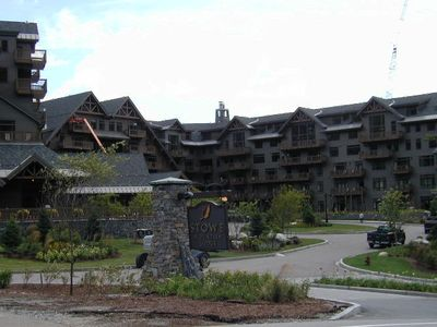 New Spruce Peak Lodge at Stowe, new lifts, runs, finest resort in the East
