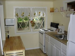 Lake George cottage photo - Kitchen