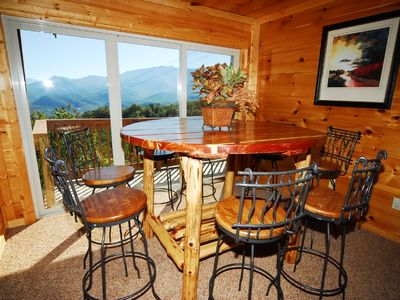 Gatlinburg chalet rental - Downstairs View