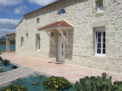 Gite De Bellecombe in Verteuil of Agen in le47, ideal for families.