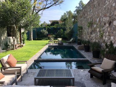 Vacation in a Magnificent Staffed Home in Centro with POOL!