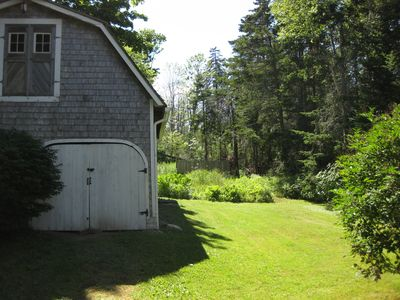 Carriage House And Lawn-Garden